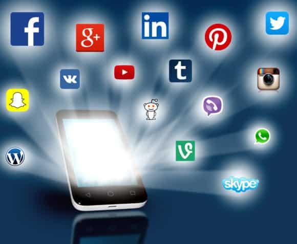 מי צריך לכתוב עבורכם את התוכן ברשתות החברתיות?